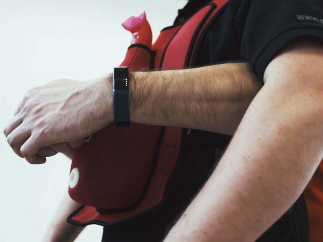 C0003.00 01 07 00.Still005 640x480 - Praktyczne szkolenia zudzielania pierwszej pomocy