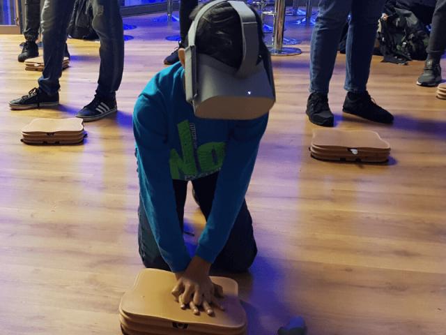 EHS VR 6 1 640x480 - Szkolenia w wirtualnej rzeczywistości